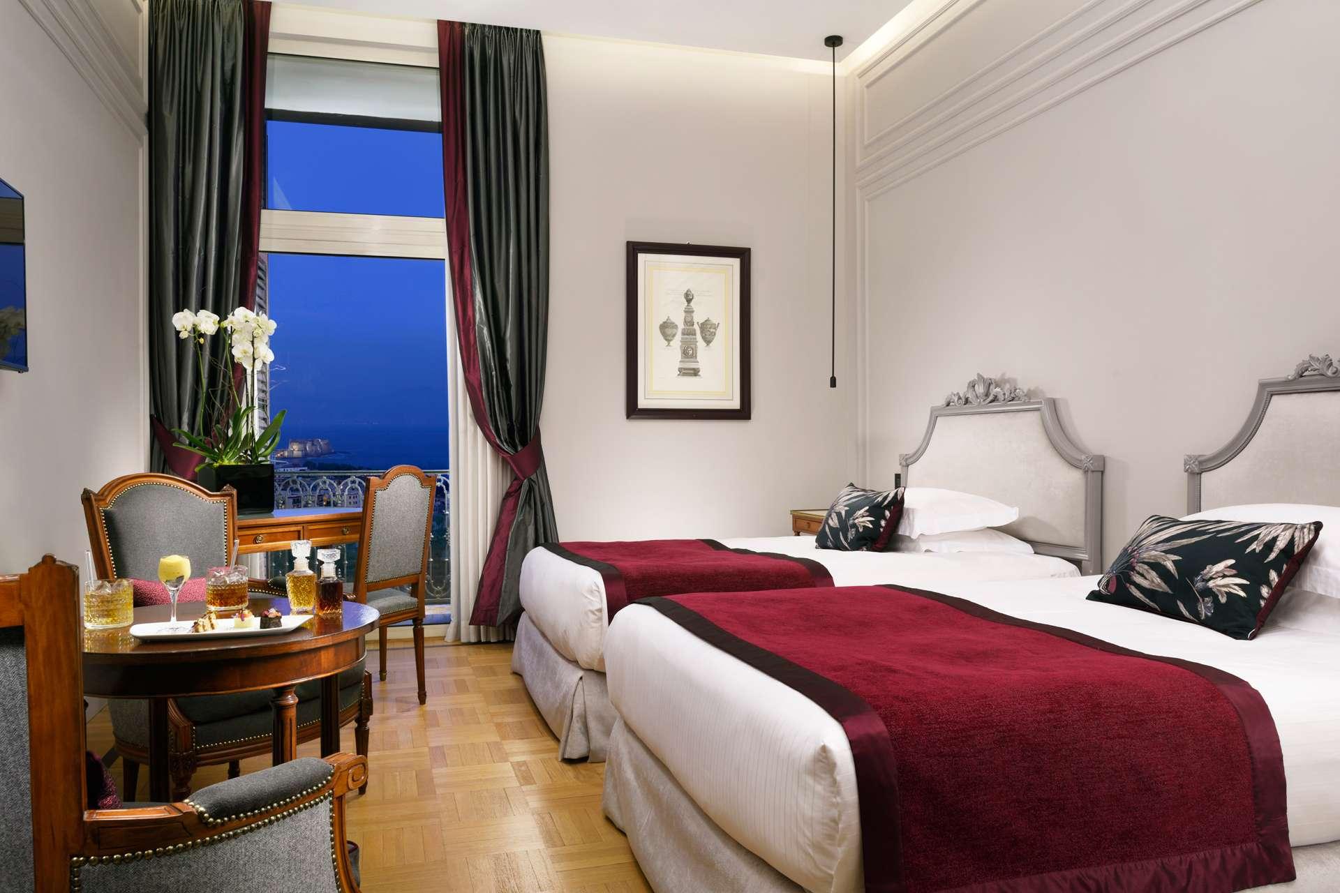 Hotel A Napoli Con Camera Vista Mare Grand Hotel Parker S